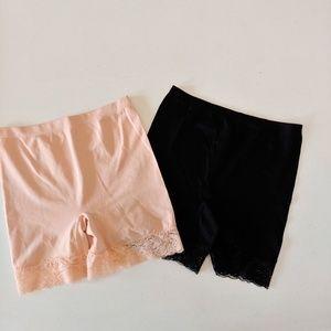 2 SOPHIE B. Shapeware Shorts, Size S, Peach, Black
